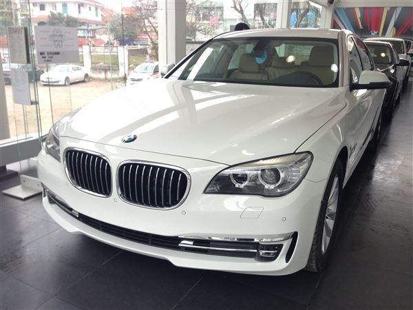 BMW 7 Series 730Li 2015