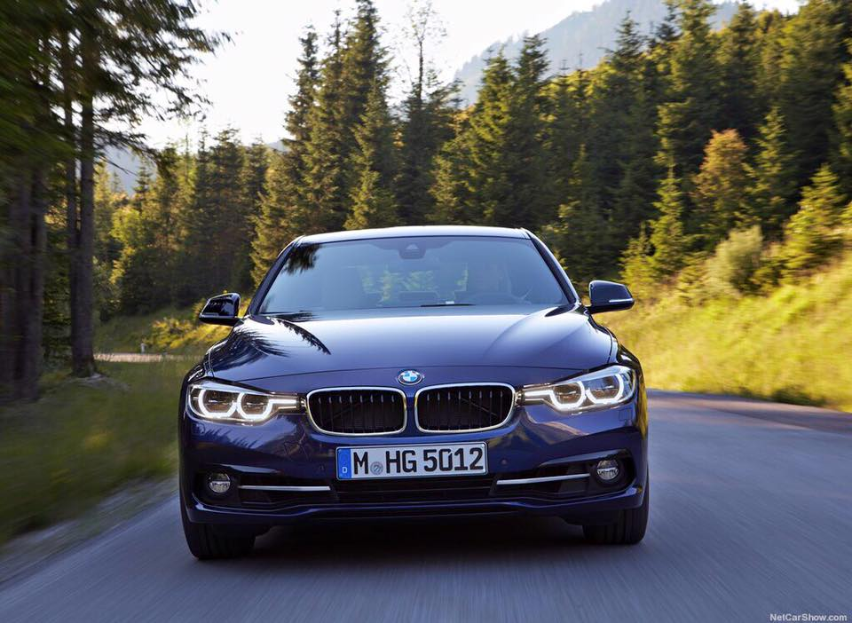 BMW 3 Series 320i LCI model 2016