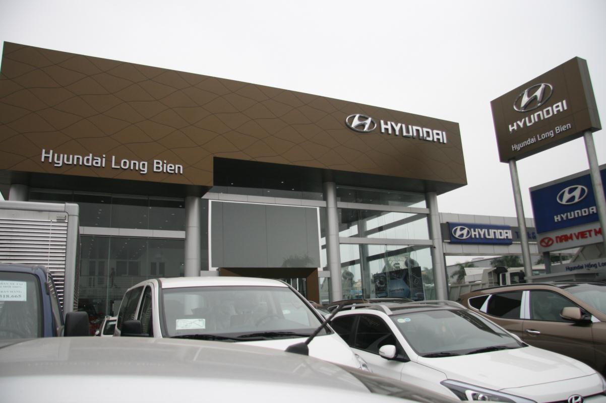 dai ly oto Hyundai Long Biên