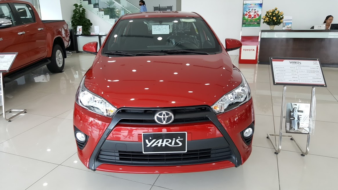 Toyota Yaris E 2016