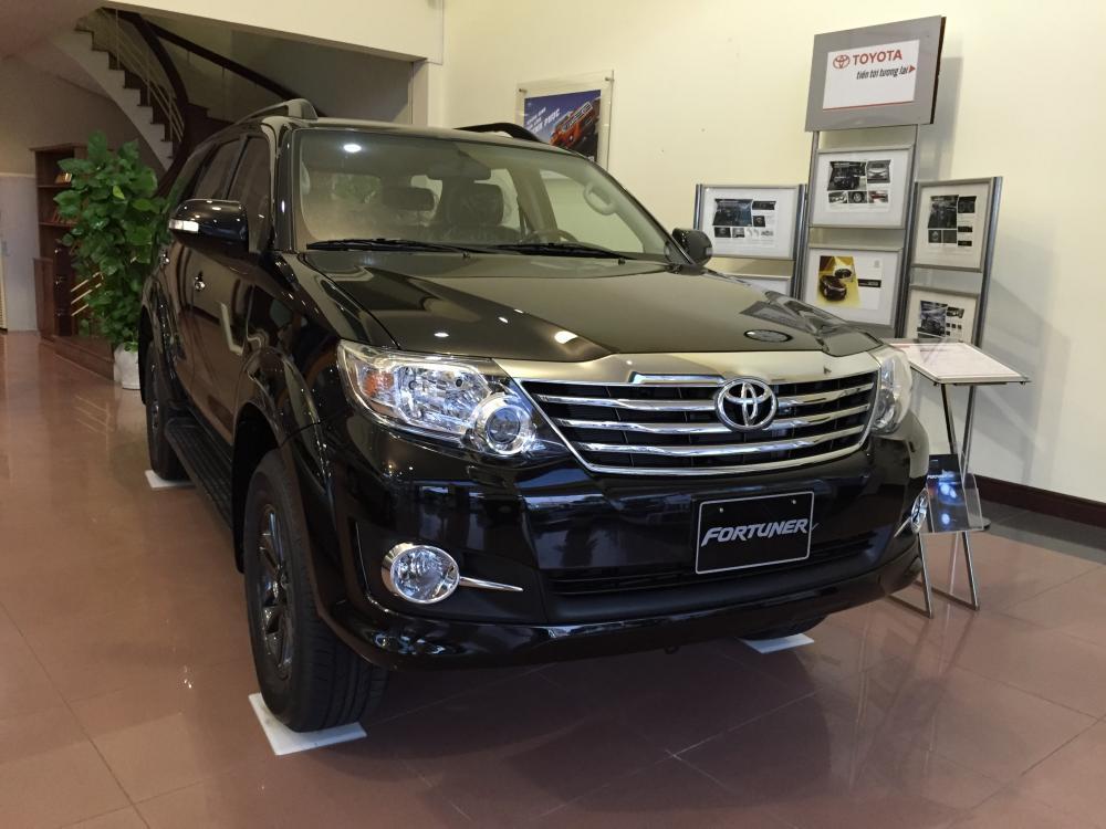 Toyota Fortuner 2.7V 4x2 2016