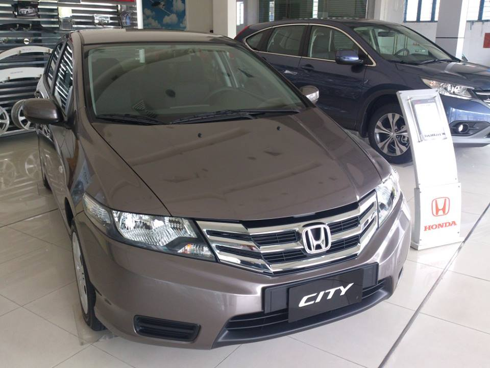 Honda City  1.5 MT 2013