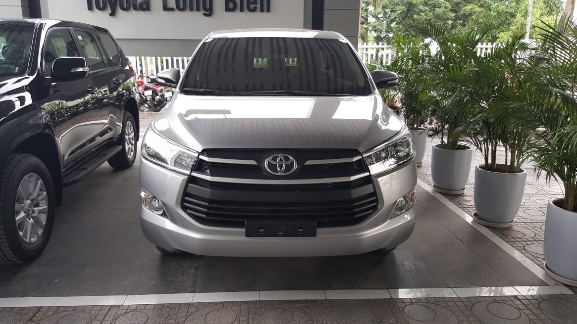 Toyota Innova E model 2017