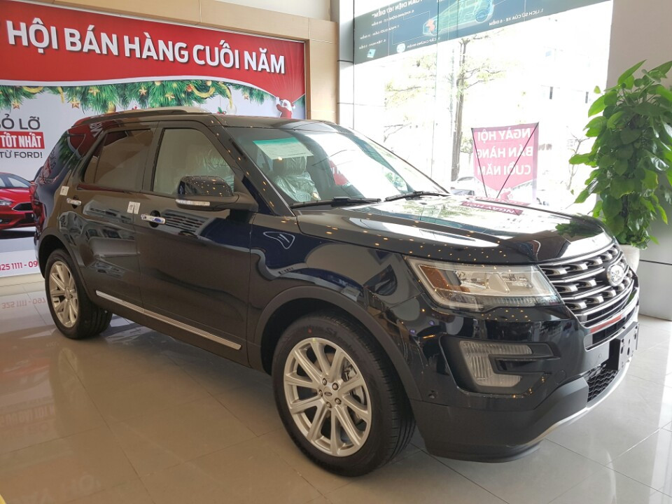xe Ford Explorer Limited 2016