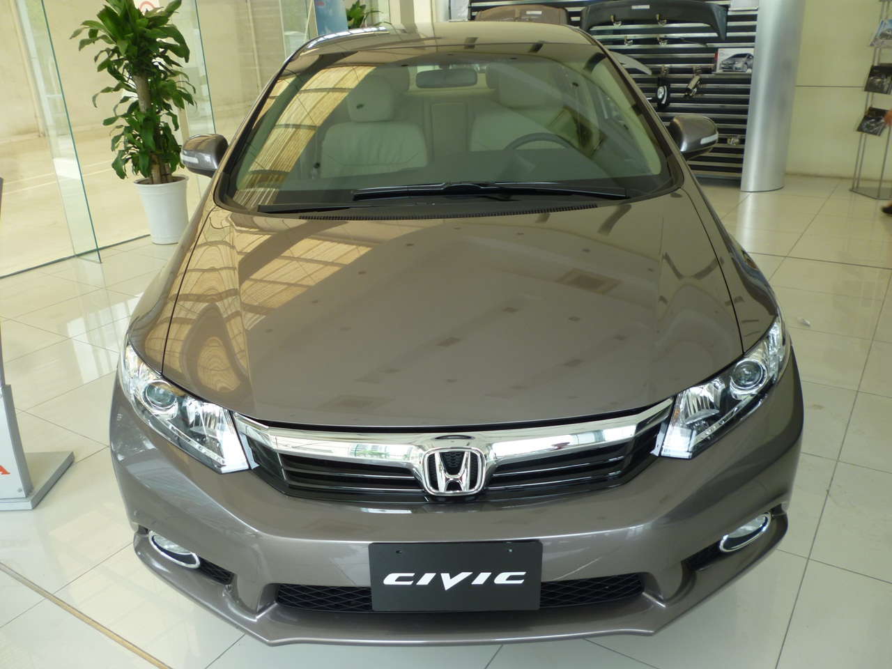 Honda Civic  1.8 MT 2013