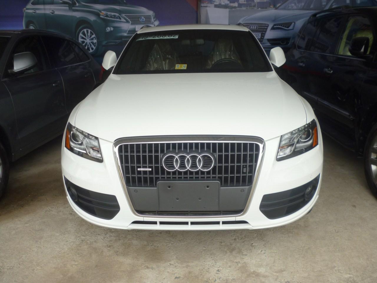 Audi Q5 2.0T Premium 2011 Mỹ