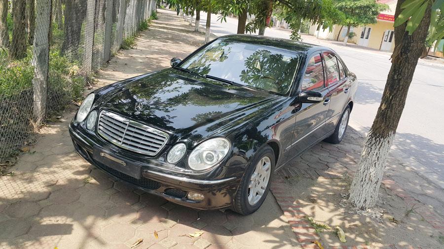 Mercedes-Benz E-Class E240 2004