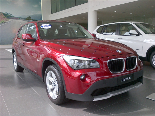 BMW X1  sDrive 18i 2013