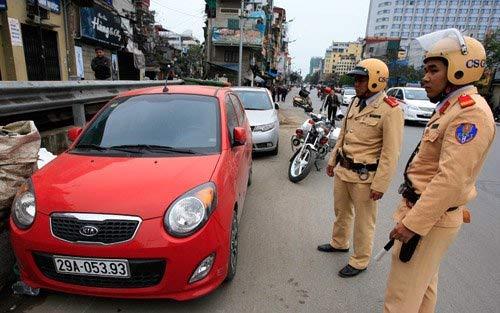 Các mức phạt tiền do đỗ xe sai quy định