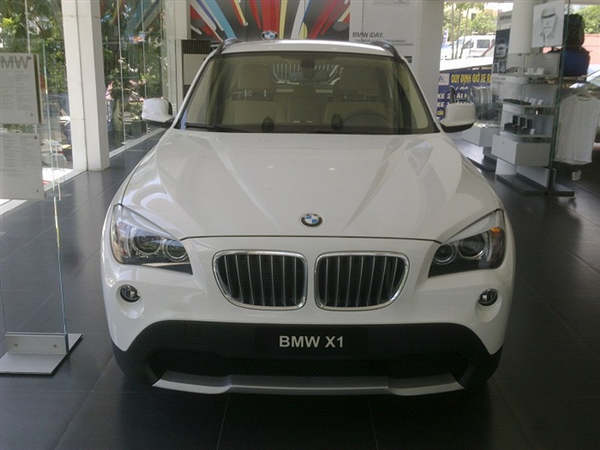 BMW X1  sDrive 18i 2012
