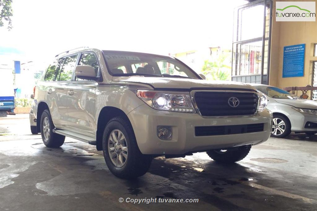 Toyota Land Cruiser 5.7 2014