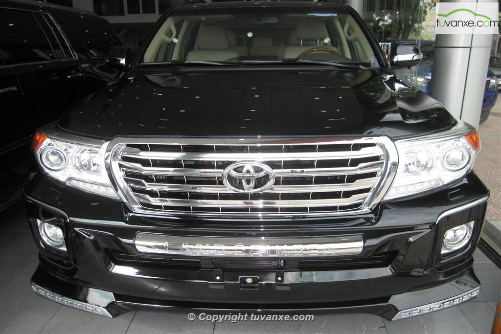 Toyota Land Cruiser 5.7 2014