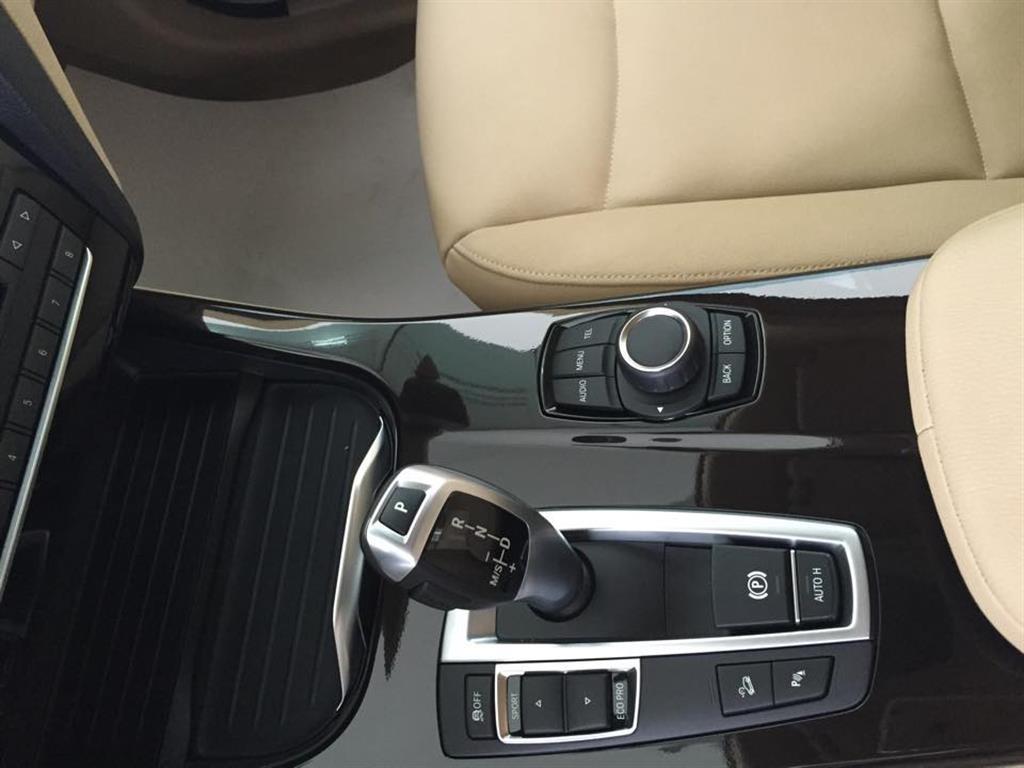 Ảnh BMW X3 xDrive28i 2015