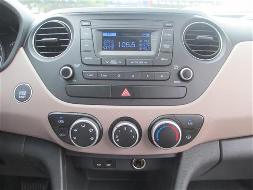 Ảnh Hyundai i10 Grand 1.0 MT 2016