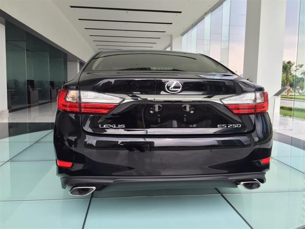 Lexus ES 250 2016