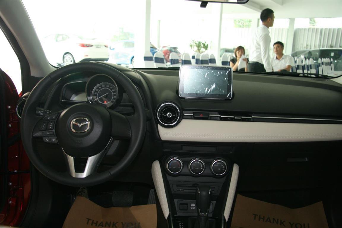 Ảnh Mazda 2 hatchback 2016