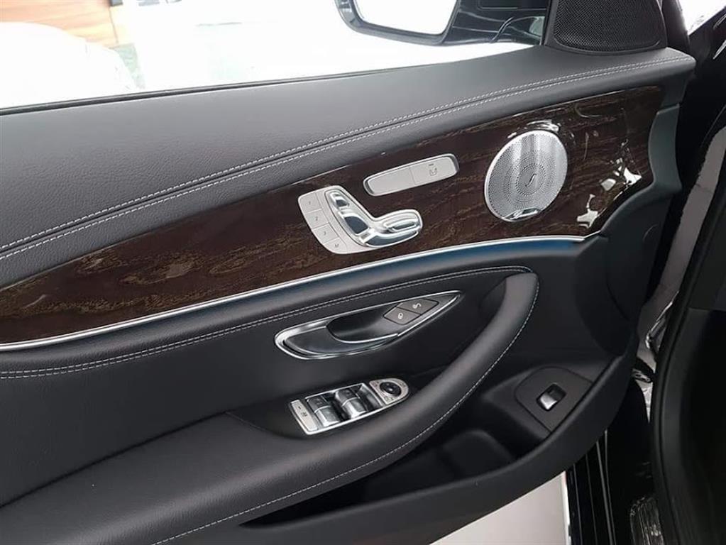 Ảnh Mercedes-Benz E-Class E 250 2017