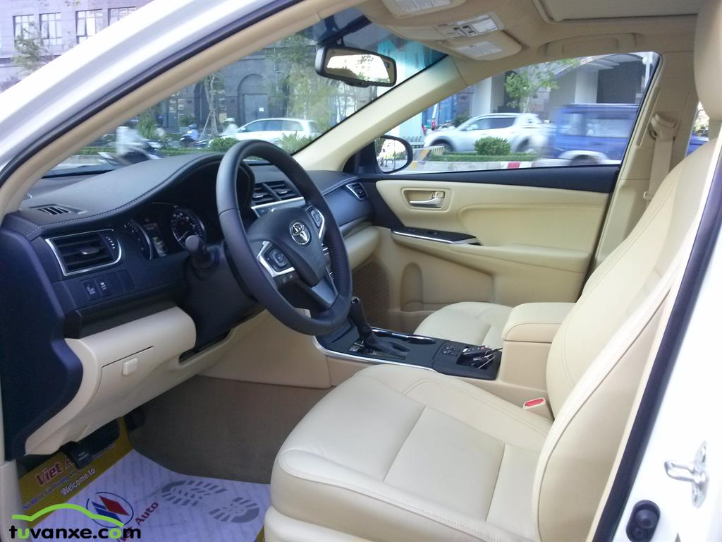 Ban Toyota Camry XLE