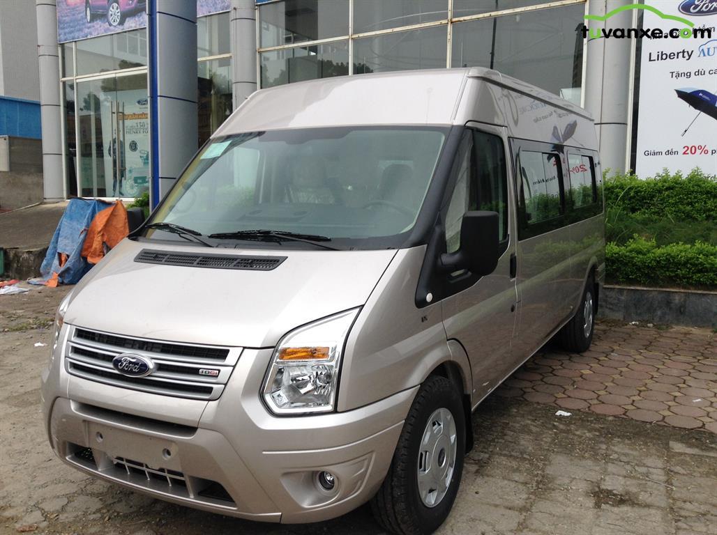 Ford Transit Tiêu chuẩn 2015