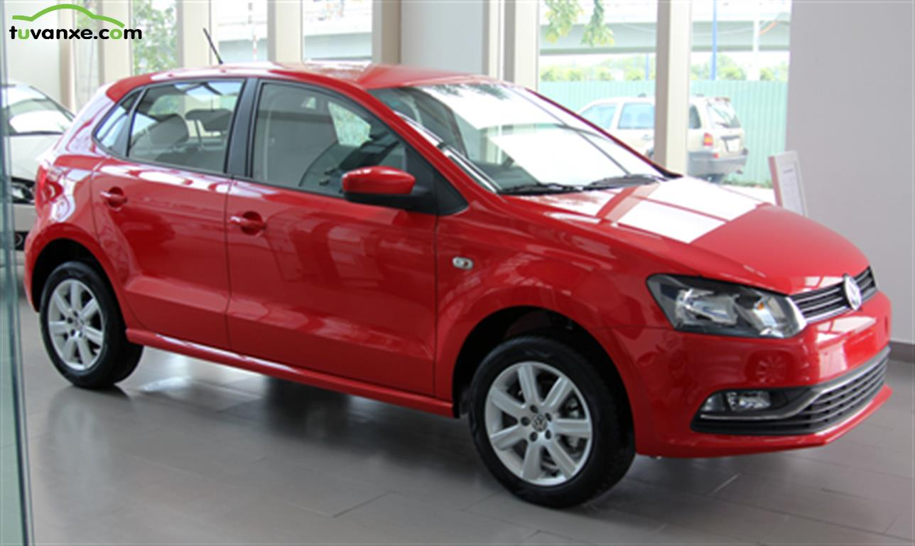 Volkswagen Polo hatchback 2015
