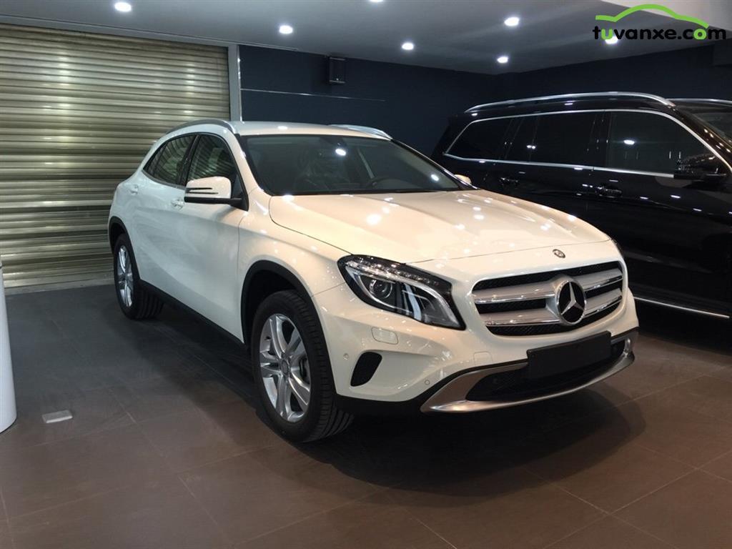Mercedes-Benz GLA-Class GLA 200 2015
