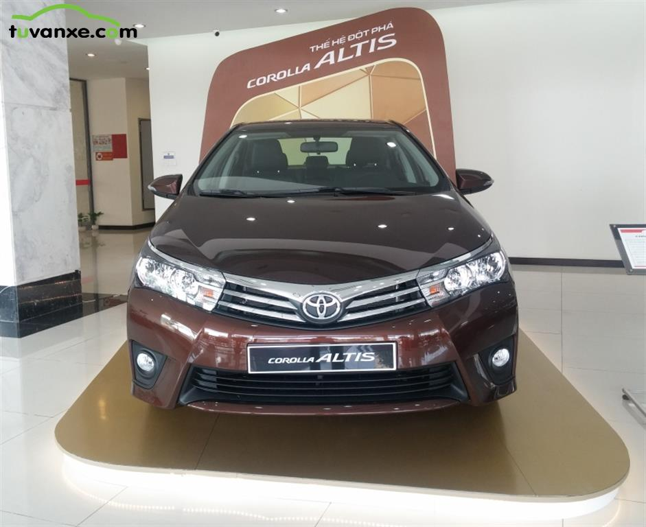 Toyota Corolla Altis 1.8G MT model 2015