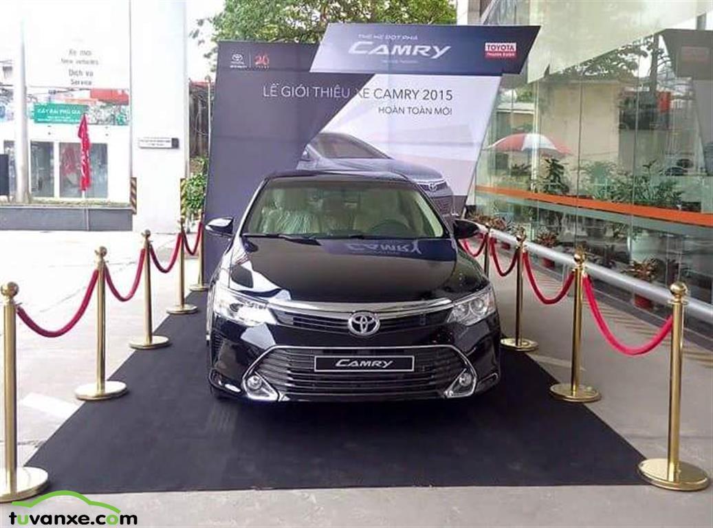 Ban xe Toyota Camry 2.0E, 2.5G, 2.5Q