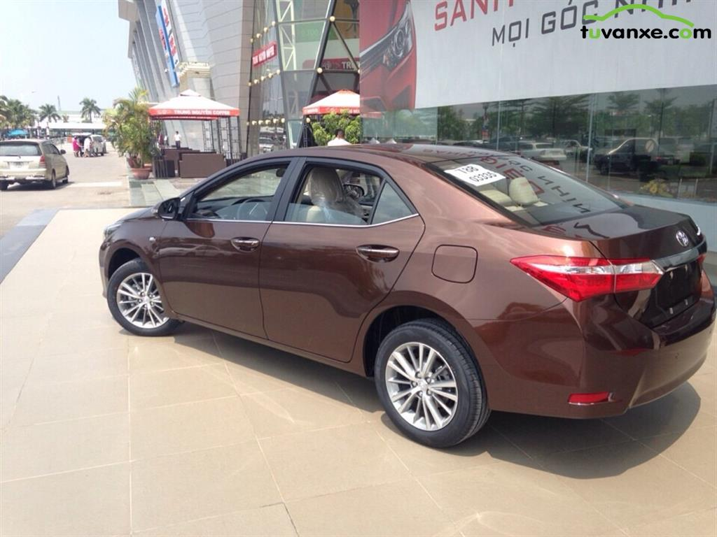 Toyota Corolla Altis 1.8G AT 2015