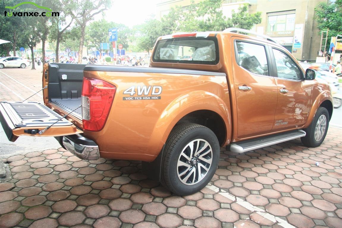 Ban xe Nissan Navara VL, SL, E