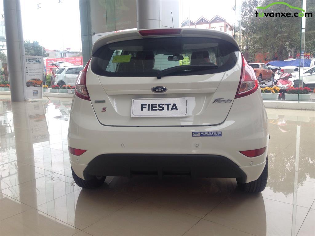 Ban xe Ford Fiesta 1.0 Sport