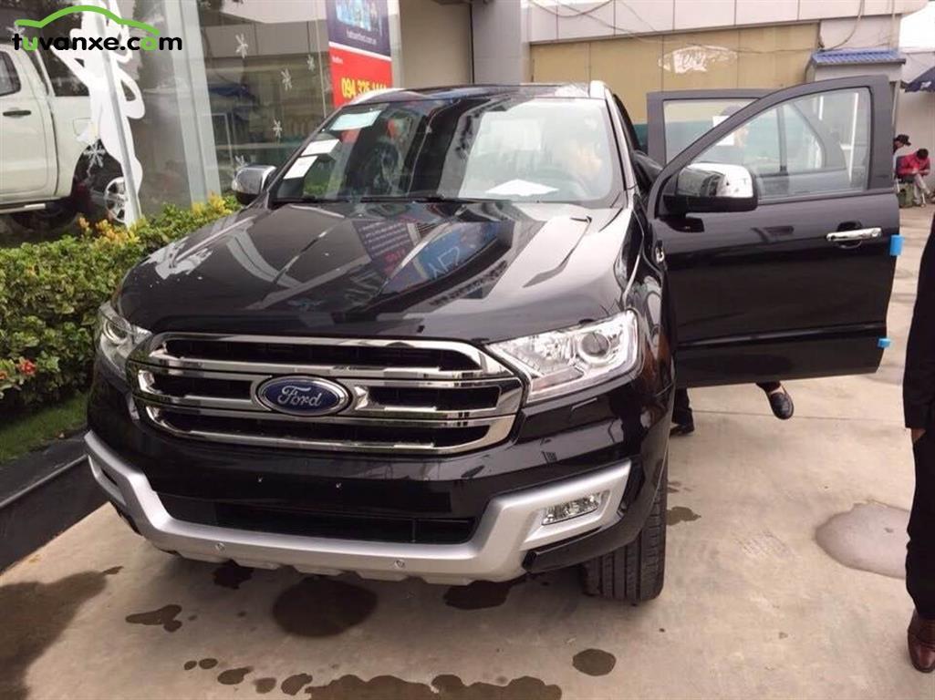 Ban xe Ford Everest 3,2 AT phiên bản mới
