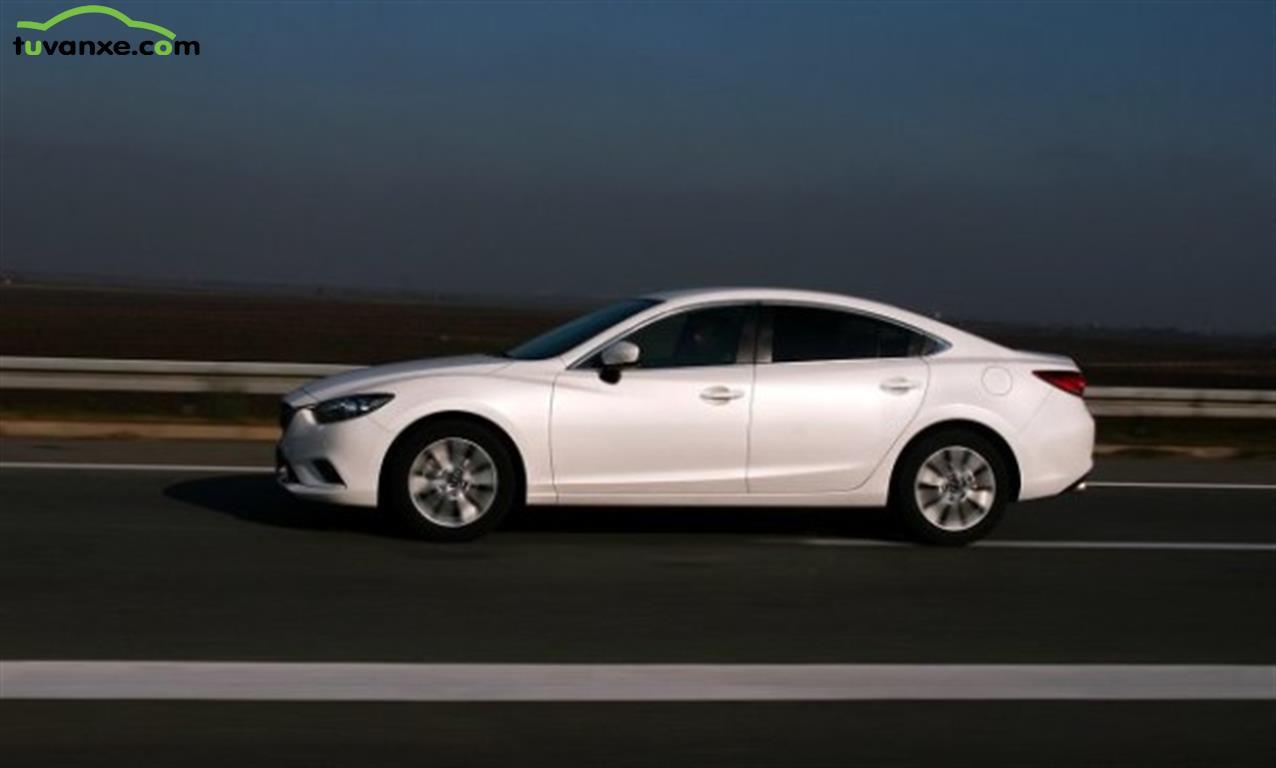 Mazda 6 2.0 2015
