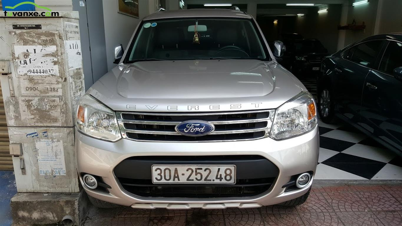 Ford Everest Limited 4X2 2014