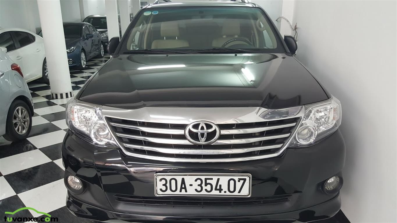 xe Bán Toyota Fortuner 2.7V 4x2 2014