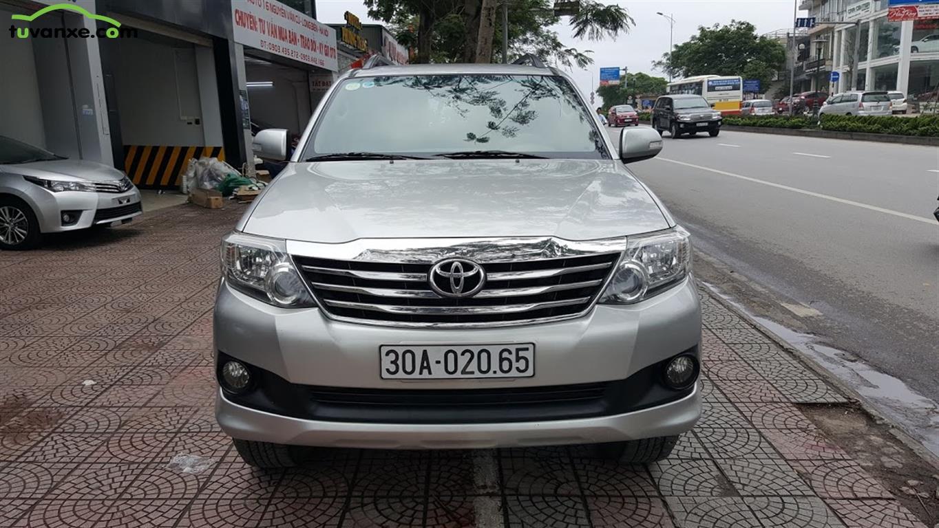 xe Bán Toyota Fortuner 2.7V 4x2 2013