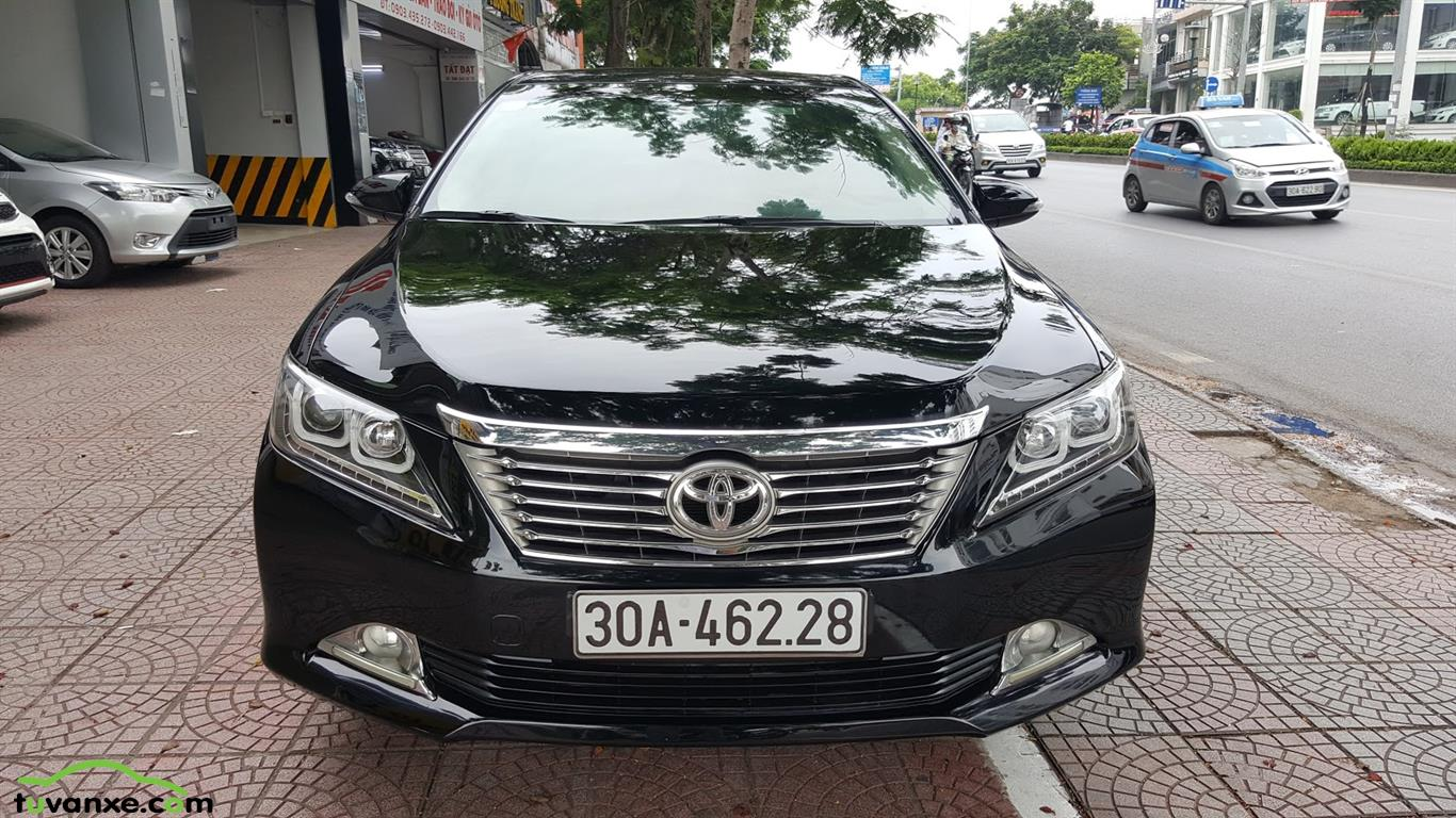 Toyota Camry 2.0E 2013