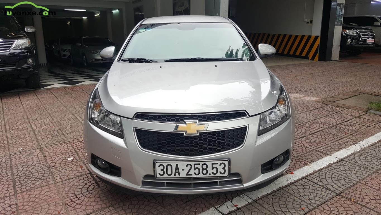 Chevrolet Cruze LS model 2014