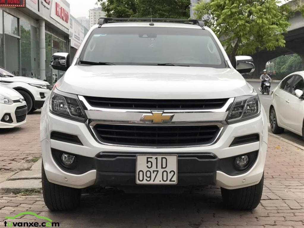 xe Bán Chevrolet Colorado High Country 2.8 AT 4x4 model 2017