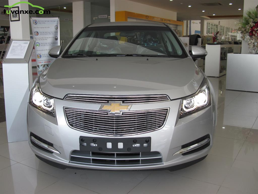 Chevrolet Cruze LS model 2015