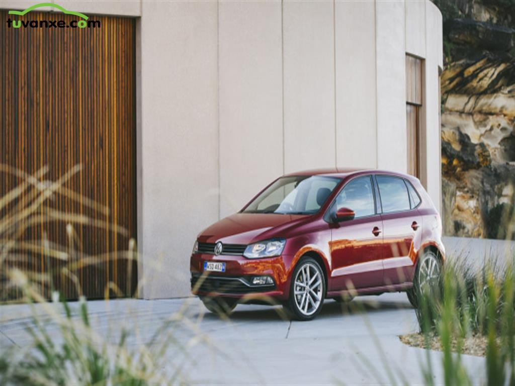 Volkswagen Polo Hatchback 2016