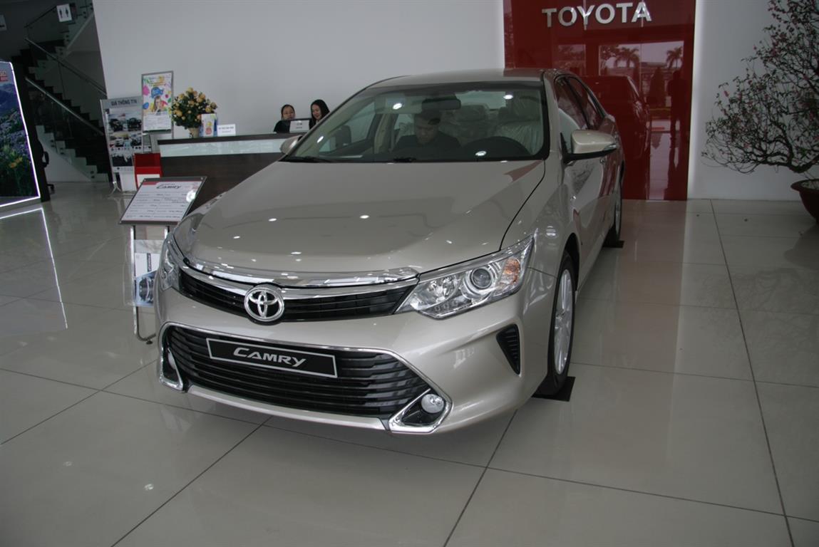 Ảnh Toyota Camry 2.0E 2017