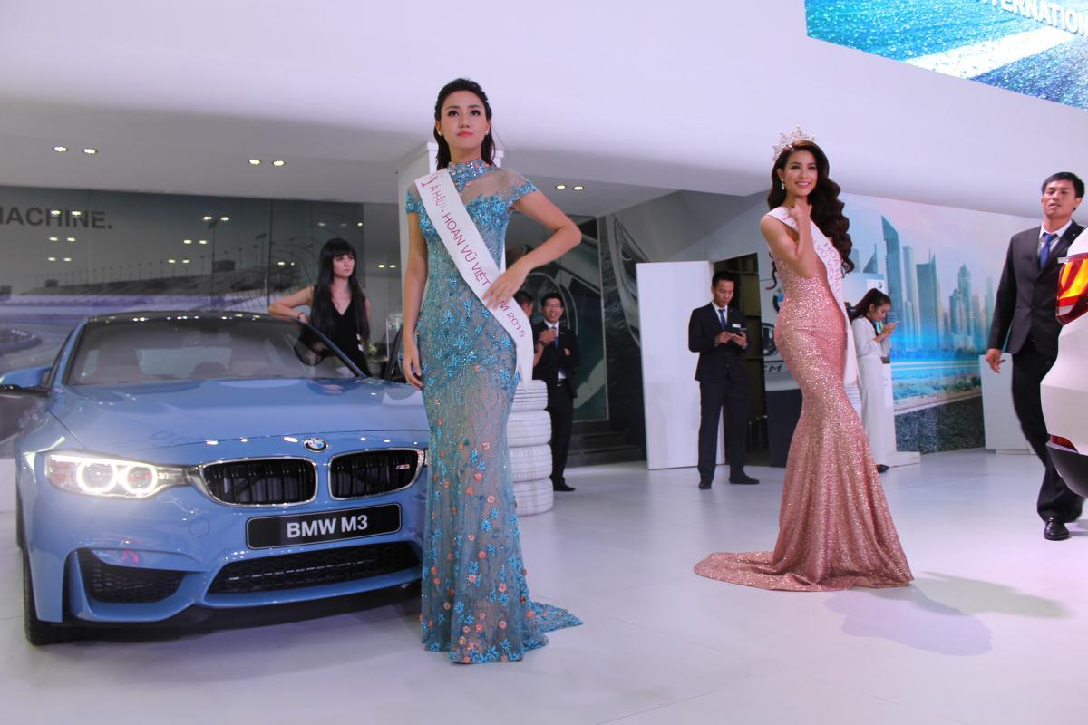 Người mẫu Việt khoe sắc tại Vietnam Motor Show 2015 43